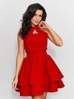 Sukienka koktajlowa z falbankami zapinana na szyi-czerwony