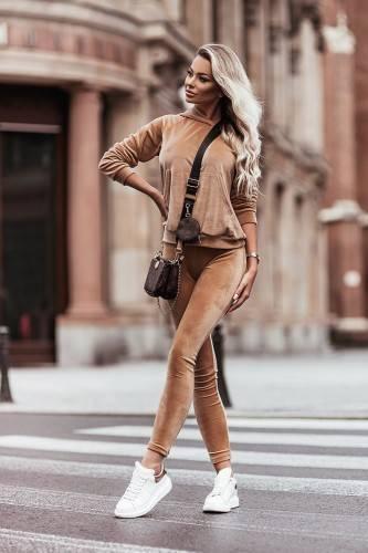 Welurowy komplet : spodnie + wygodna bluza- camel