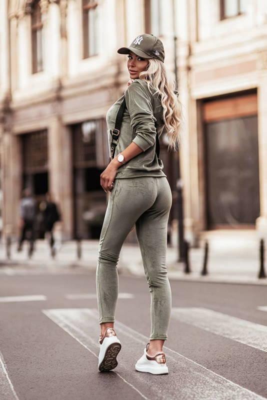 Welurowy komplet : spodnie + wygodna bluza- olive